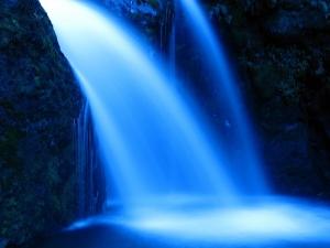water-913367_640.jpg