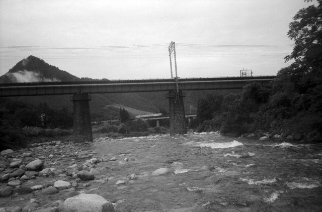 深山幽谷86a