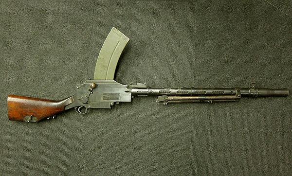 マドセン軽機関銃