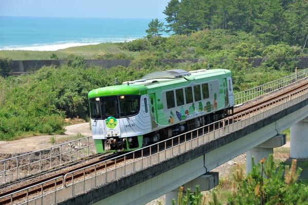土佐くろしお鉄道 展望デッキ車両(緑) 9640型