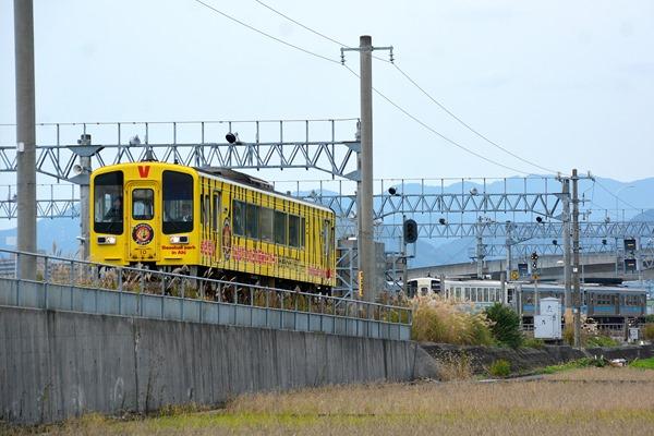 JR四国 快速「タイガース列車」(土佐くろしお鉄道の乗入れ車両) 奈半利行