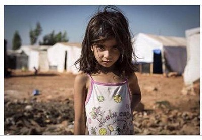151117 original photo Syrian girl