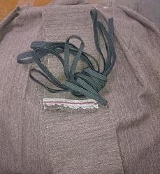 スカート作ってました。