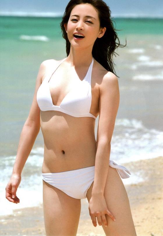 女子アナ 新井恵理那 水着 ヌード エロ画像a002.jpg