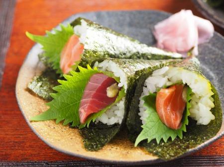 手巻き寿司の作り方 、 簡単、きれいに作る方法を動画で紹介!