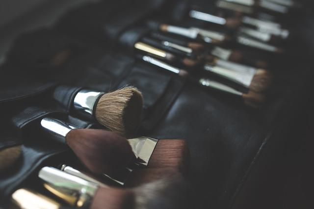 brush-791306_640.jpg