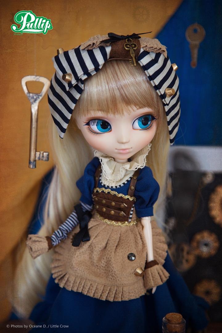 Alice_4.jpg