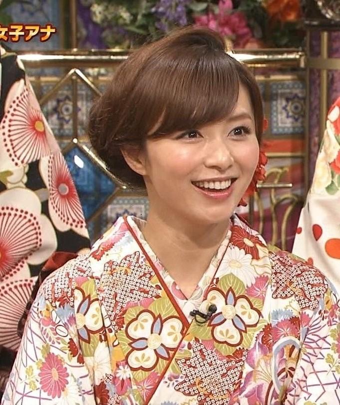 伊藤綾子アナ顔20