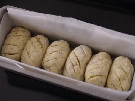 ホットケーキミックスでチャイのちぎりパン04