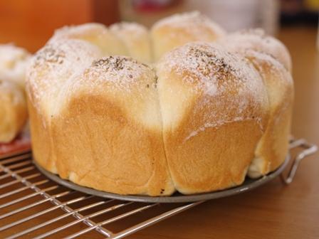 おとなのペパーあんど塩ちぎりパン簡単お手軽05