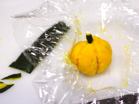 ハロウィンにかぼちゃで簡単可愛いジャックオランタン03