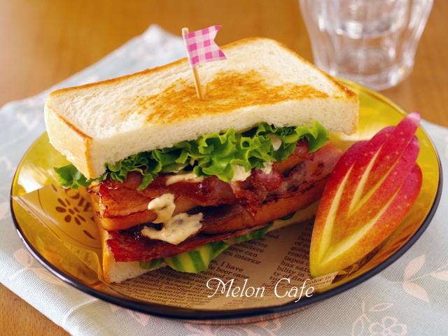 男の子も喜ぶまろやかスパイシーチーズとトリプル肉の焼きサンドイッチ東京ごはん映画祭投稿08