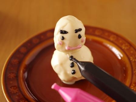 ホットケーキミックスで簡単立体ケーキ雪だるまスノーマン05