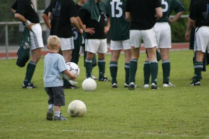 『サッカーは学年ごとに練習するもの?』 ~ 実はあなたのサッカー常識は間違っていた!?
