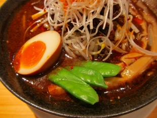 ふくすけ ブラック味噌担々麺 具