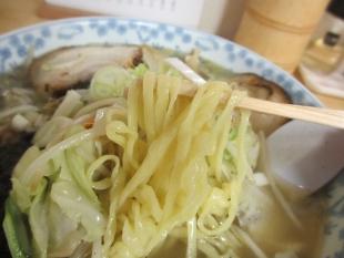 めで鯛ラーメン 野菜塩ラーメン 麺