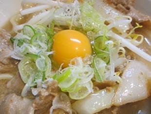 なおじ総本店 肉ソバ醤油 具