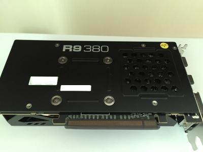 150911_POWERCOLOR_R9_380_4G_BACK.jpg