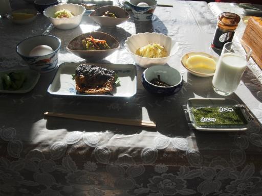 20151025・松之山ビミョー12・ばーど朝食